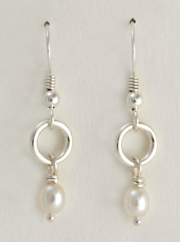 Mail Smith Earrings with Pearls