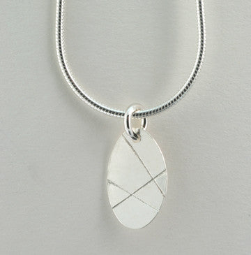 Three Lines Oval Pendant