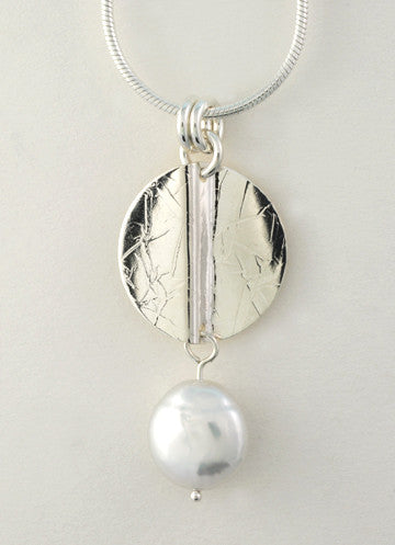 Wave Pendant with Coin Pearl