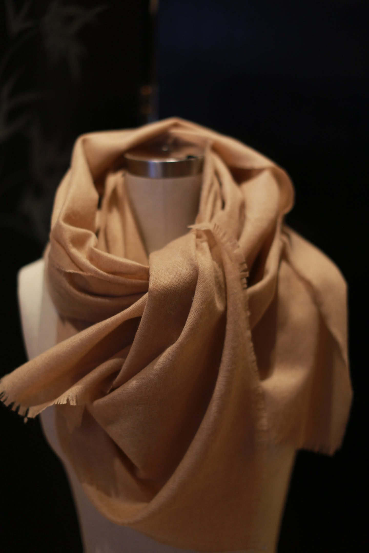 Tissue Weight Cashmere Scarf | Camel