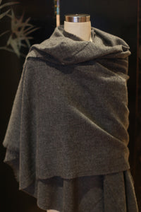 Tissue Weight Cashmere Scarf | Charcoal