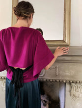 Load image into Gallery viewer, CASHMERE KIMONO TOP