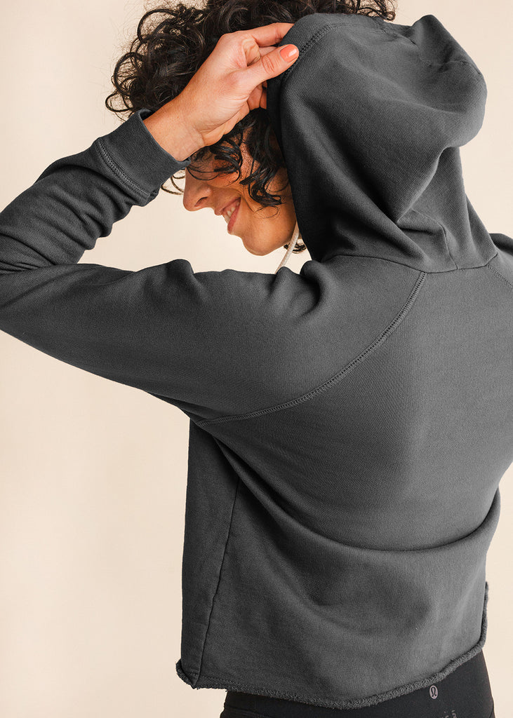 Signature Charcoal Pullover
