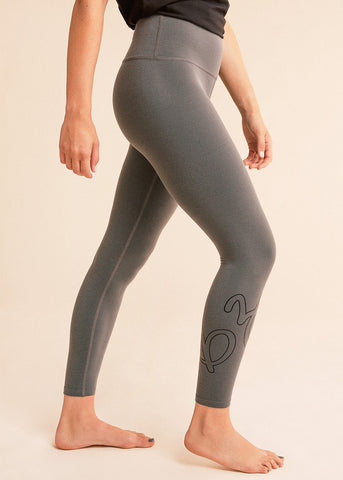 B3 x Beyond Yoga Grey Ombre High Waisted Midi Legging