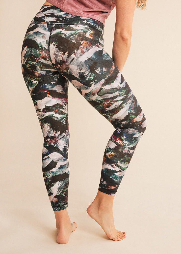 barre3 | lululemon Glacier Camo Wunder Under Tight