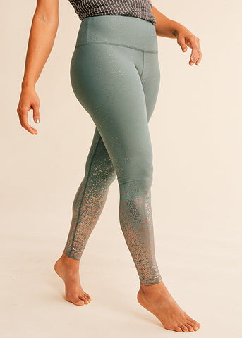 B3 x Beyond Yoga Cranberry Spacedye Midi Legging