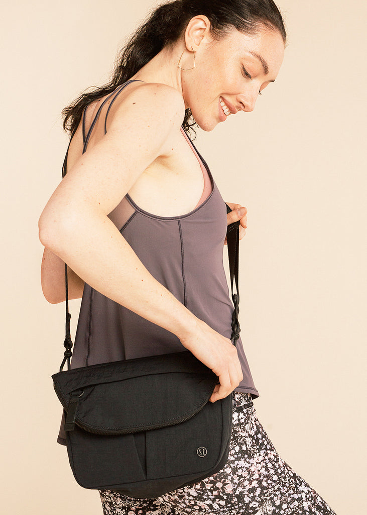 barre3 | lululemon All Night Festival Bag