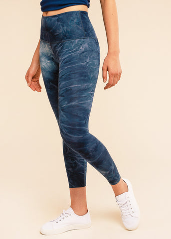 B3 X Beyond Yoga Bali Blue High Waisted Midi Legging