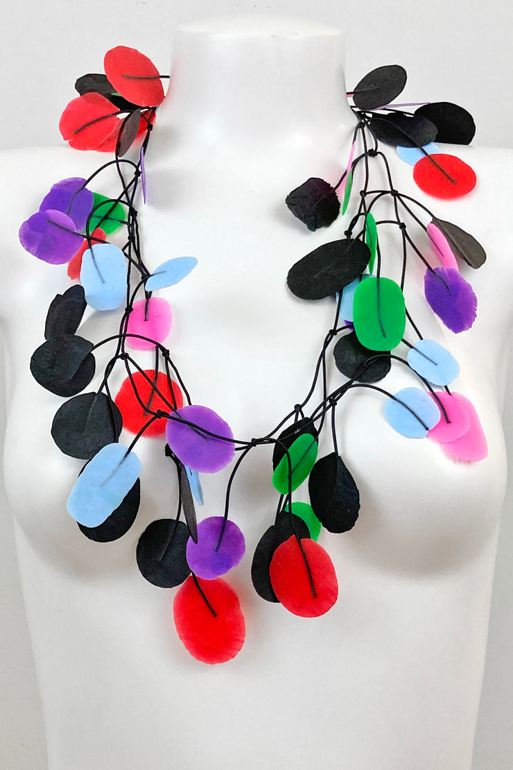 Annemieke Broenink Tetri Poppy Necklace Happy