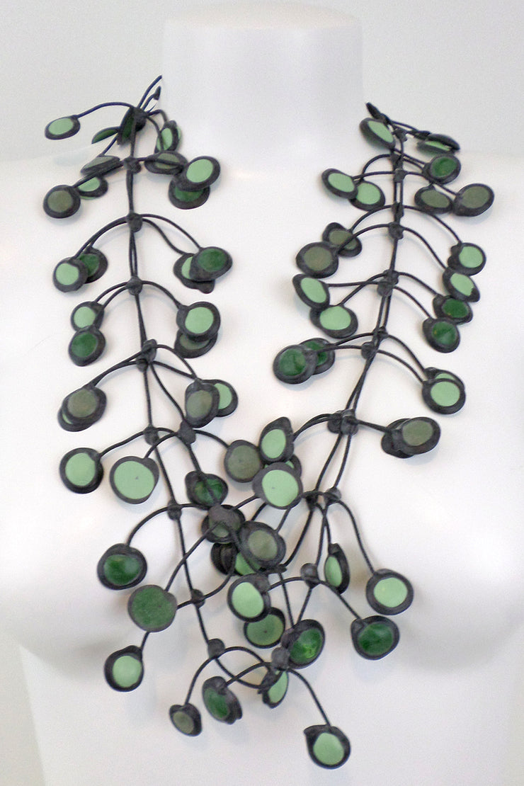 Annemieke Broenink Dubbel Pop Dot Necklace Olive Green