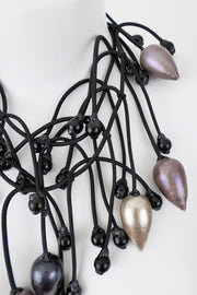 Annemieke Broenink Gigantic Pearl Necklace Neutral/Black