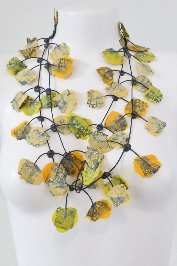 Annemieke Broenink Lace Necklace Bright Yellow