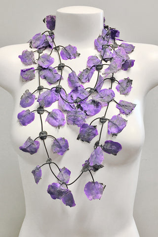 Annemieke Broenink Lace Necklace Purple