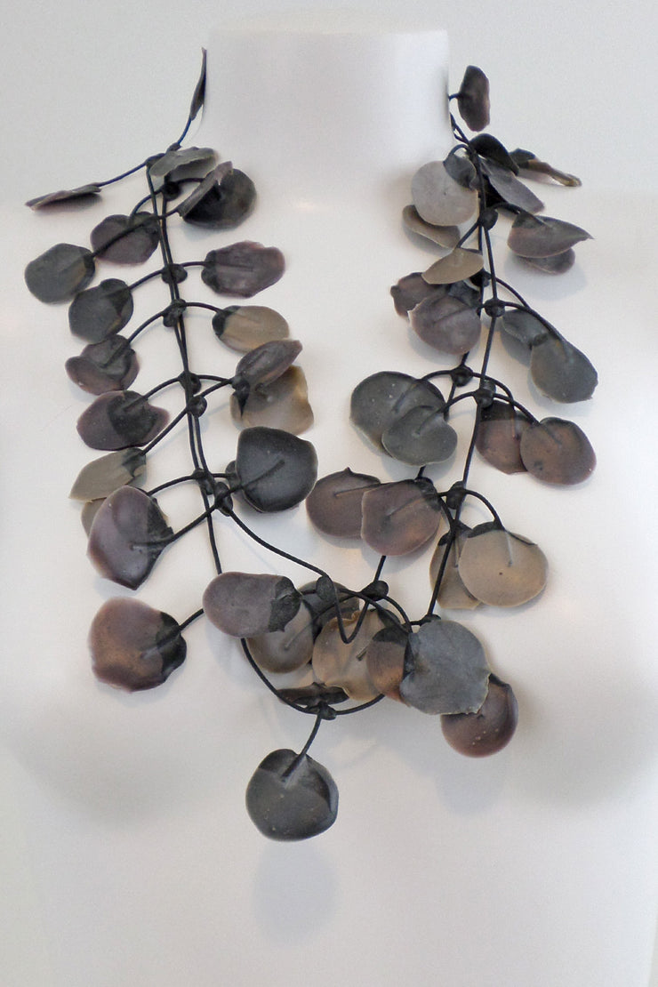 Annemieke Broenink Poppy Necklace Melting Grey