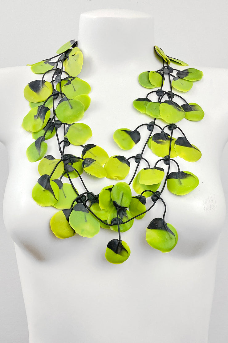 Annemieke Broenink Poppy Necklace Avocado