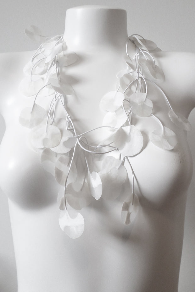 Annemieke Broenink Recycled Poppy Necklace Real White
