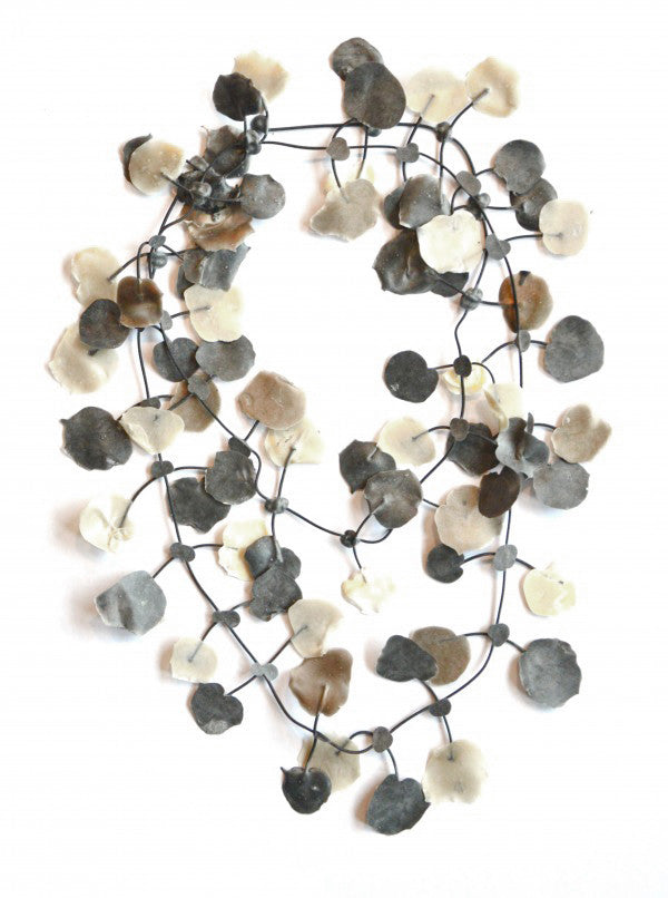 Annemieke Broenink Annemieke Broenink Poppy Necklace White Neutral - KIITOSlife - 2