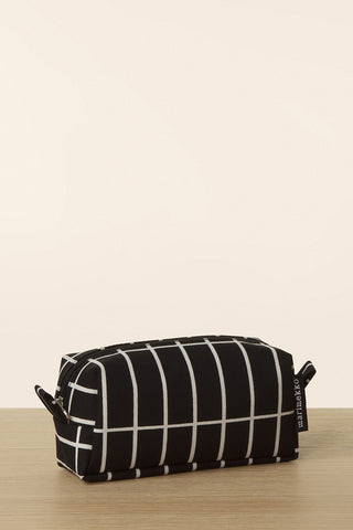 Marimekko Taimi Tiiliskivi Cosmetic Bag Black/White