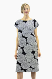 Ristomatti Ratia Leskenlehti Usva Dress Black/White