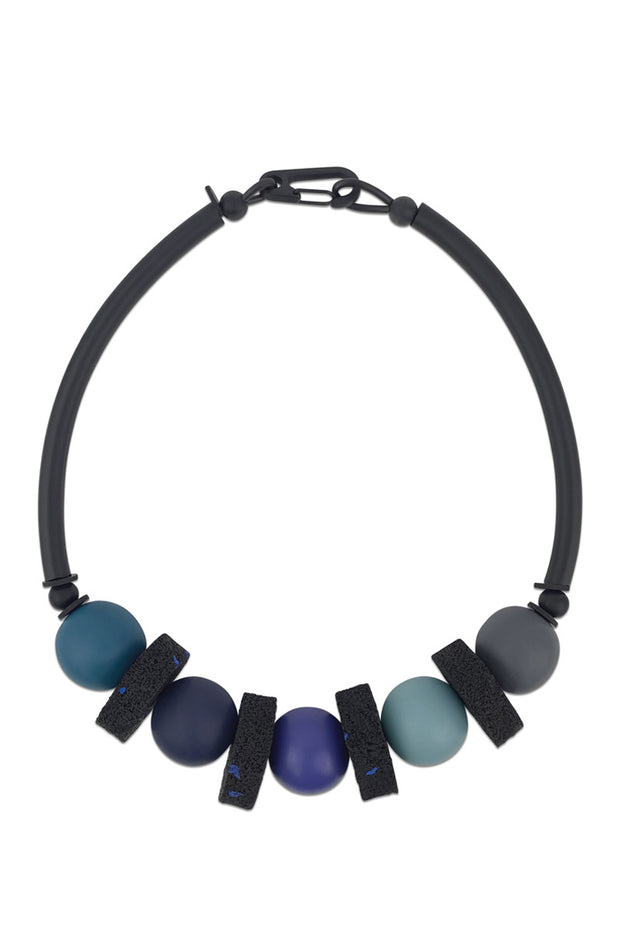 Frank Ideas Chunky Resin & Rubber Necklace Blue