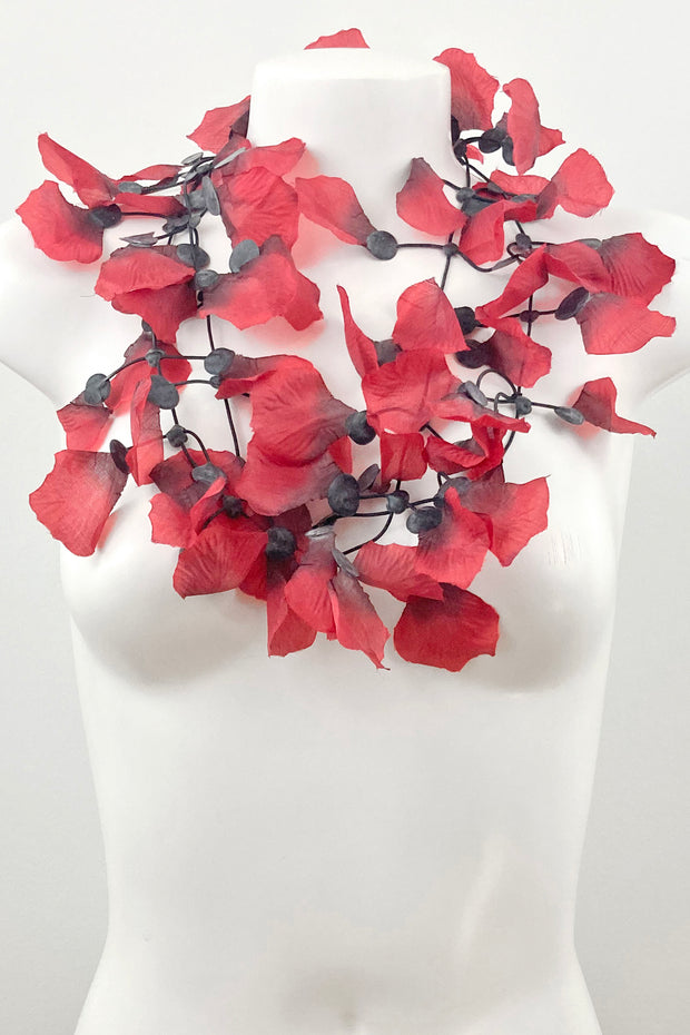 Annemieke Broenink Rose Petals Necklace Red