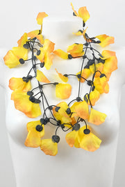 Annemieke Broenink Rose Petals Necklace Yellow