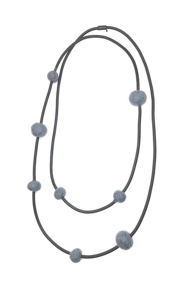 Frank Ideas 8 Medium Felt Beads Necklace Grey