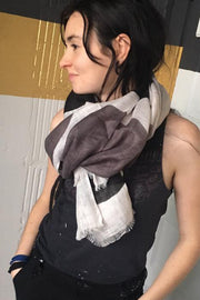 See Design Rocks Linen Scarf Black/Grey
