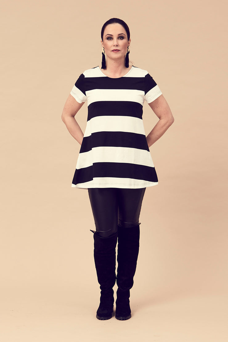 Ratia Maxi Stripe Pouta T-Shirt Black/White