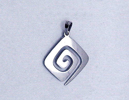 Greek Key Meander Pendant AM864