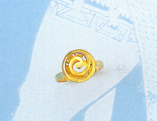 Gold Spiral Greek key ring D153
