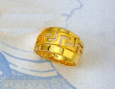 Gold Greek key band ring D95