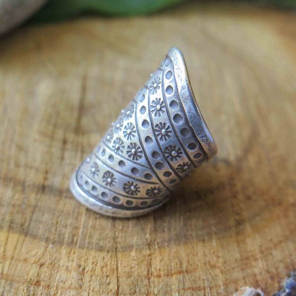 Silver pattern ring