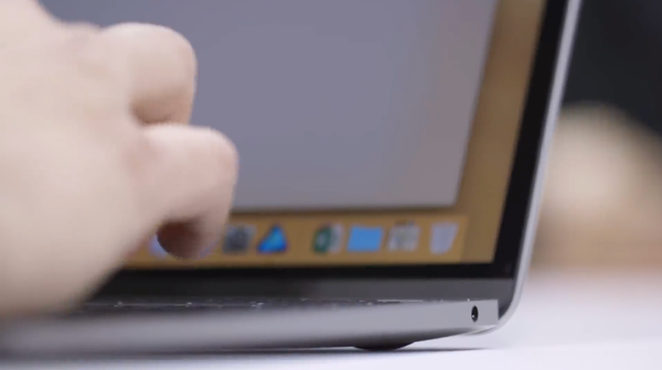 Side-view-of-the-new-MacBook-Air's-tapered-profile-and-headphone-jack