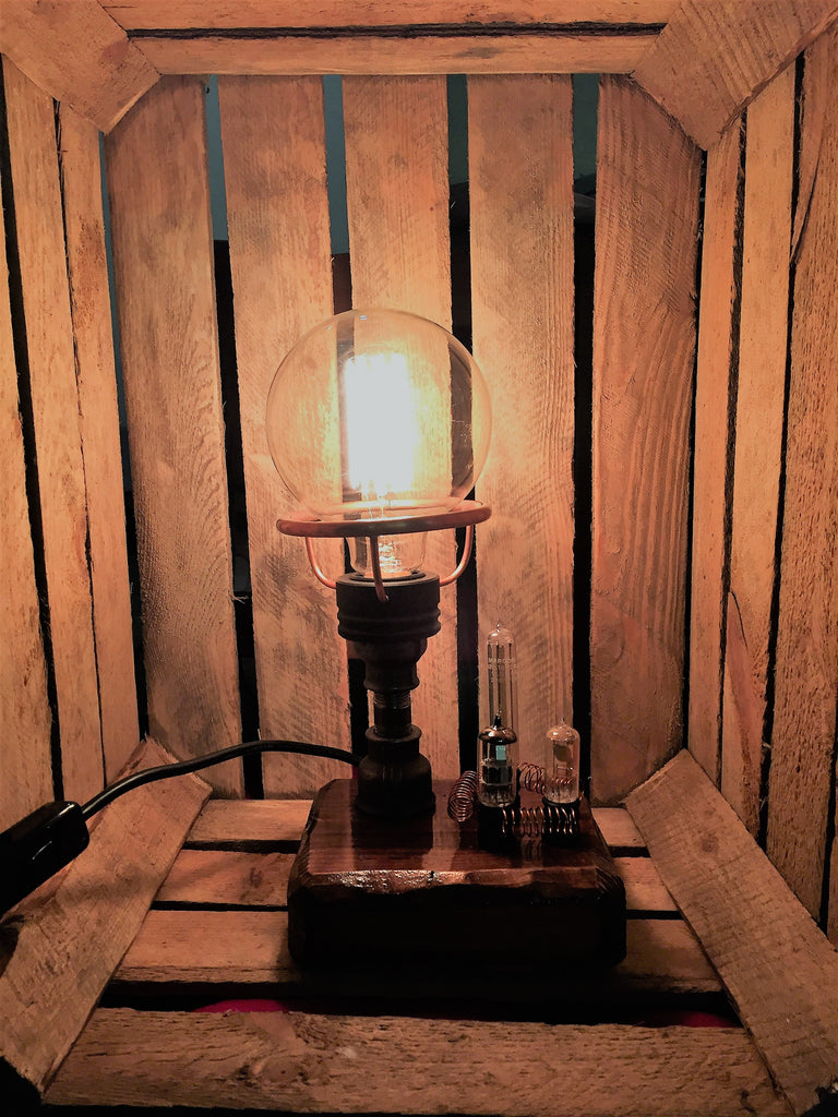 AJ Metal&Light Round Bulb Industrial Table Lamp