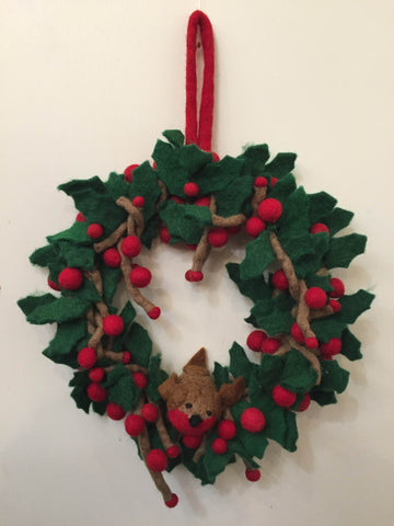 Amica Berry Wreath With Robin