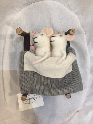 Originals Pair Of Mice In Bed