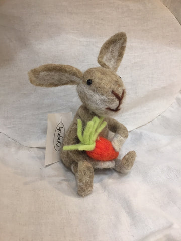 Originals Rabbit With Carrot