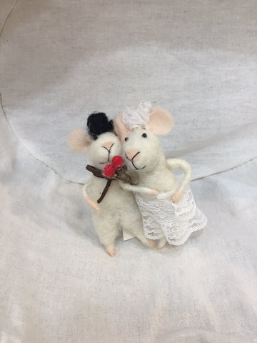 Originals Wedding Couple Mice