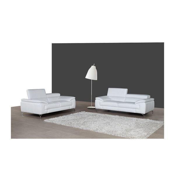 J&M Furniture A973 Loveseat