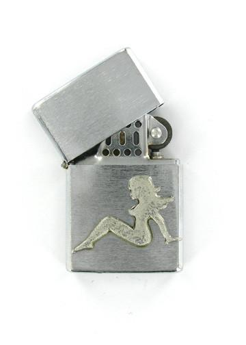 Accessories - Trucker Mudflap Girl Emblem Chrome Lighter