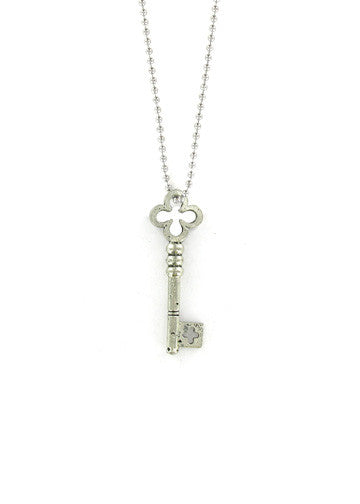 Jewelry - Clover Skeleton Key Necklace