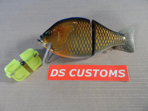 DS CUSTOMS GOLDEN SHINER