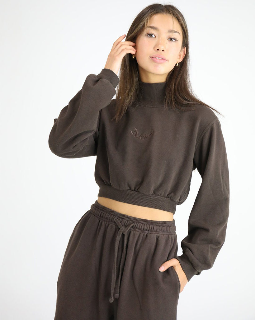 Smiley Crop Turtle Top: Chocolate