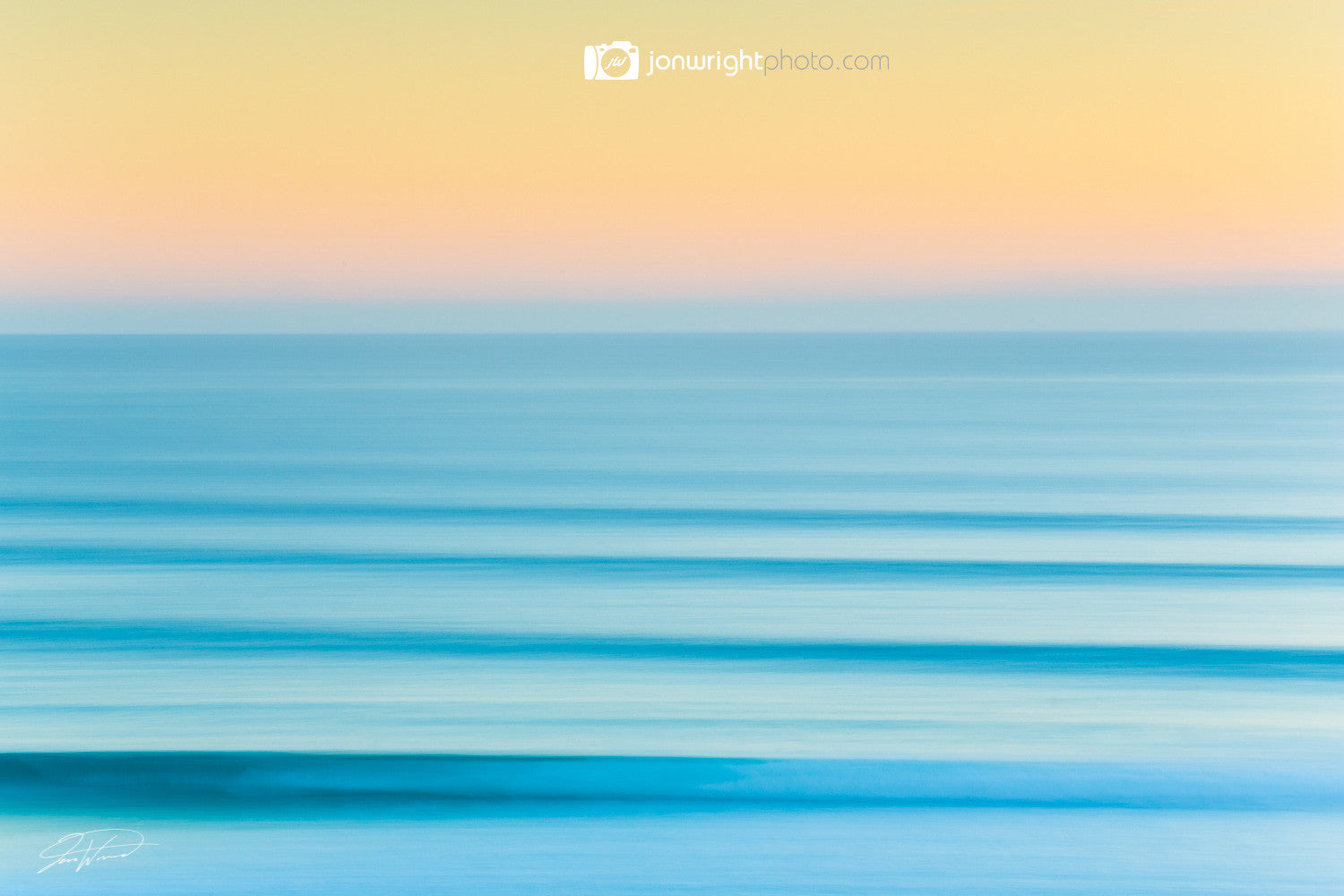 Blurred lines - Kirra beach, QLD Australia
