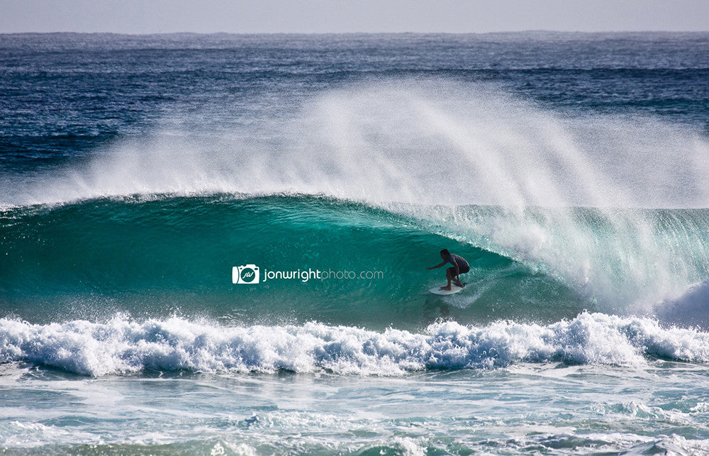Unknown at Kirra - downloadable wallpaper for your desktop