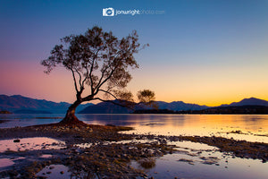 Lake Wanaka dawn & sunrise - New Zealand