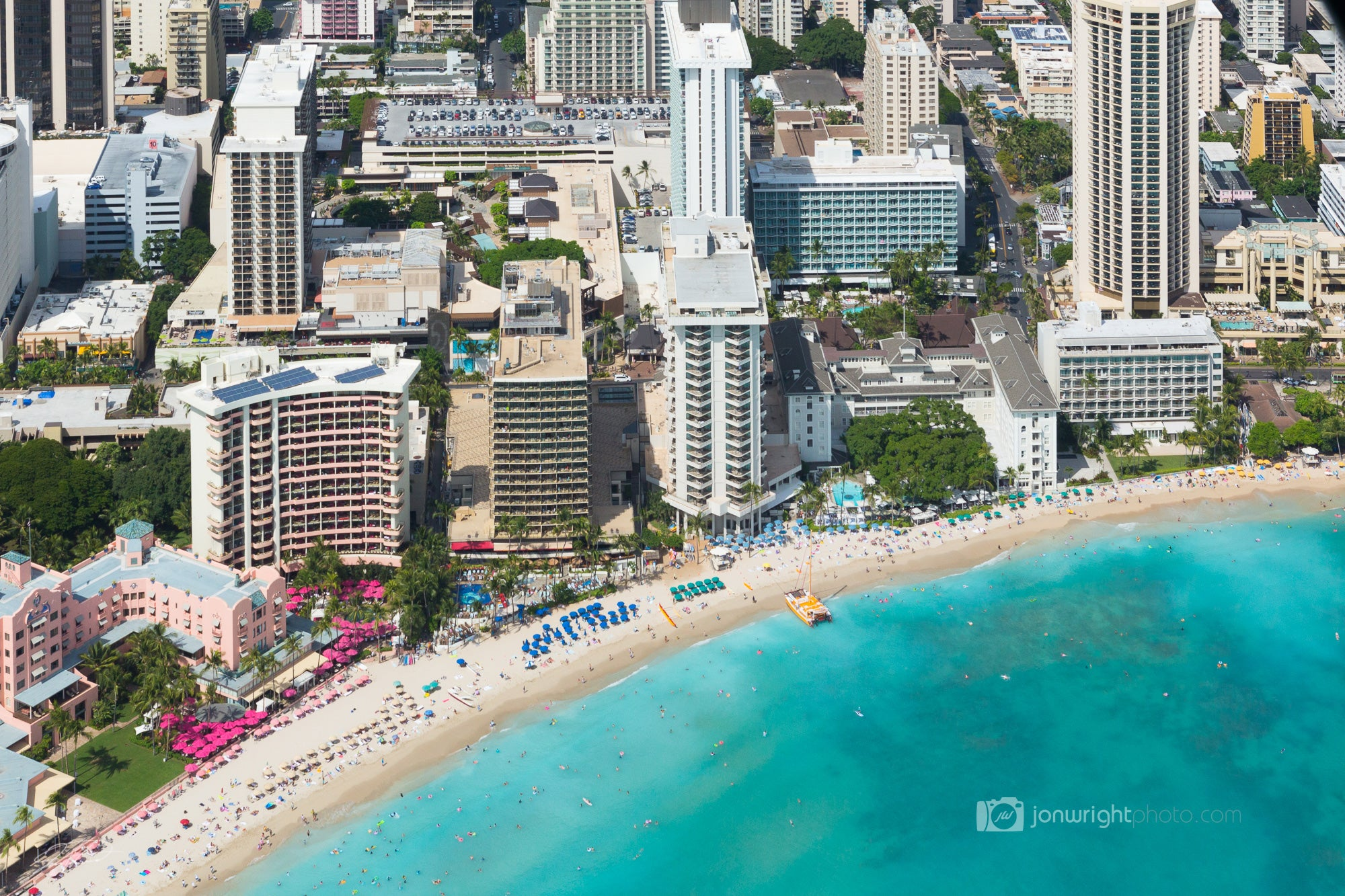 Waikiki Beach - Hawaii - Oahu