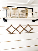 Accordion Wall Hanger with 10 Pegs