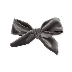 oh baby! School Girl Bow Velvet Medium Clip - Gray